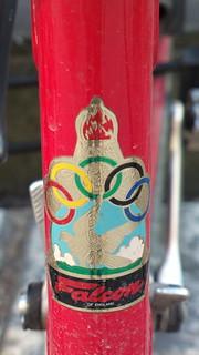 Falcon (England) bicycle head badge logo