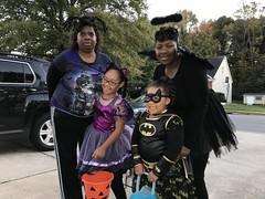 IMG_7080 (jcravenc) Tags: jcravenc snapshots october 2017 october2017 halloween gina karen rhian jaida