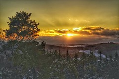 Sonnenuntergang auf dem Raßberg (clemensgilles) Tags: beautiful schnee eifellandschaft sunset snow eifel winter