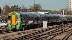 377706 (JOHN BRACE) Tags: 2013 built bombardier derby class 377 electrostar 377706 southern livery east croydon station