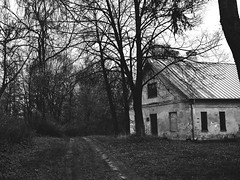 drogadonikąd (sercezczekolady) Tags: budynek droga road building old blackandwhite forest nikon nature jeleniec presbytery church monochrome easternpoland