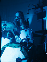 Midnight Opera (BurlapZack) Tags: olympusomdem5markii olympusmzuiko45mmf18 vscofilm pack07 dallastx oakclifftx turnerhouse midnightopera sudie daniellegeorgioudancegroup livemusic blue drums drummer rhythm localmusic musician band glamrock gothic halloween spooky spoopy eerie telephoto bokeh availablelight handheld microfourthirds