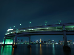 GFX09477 (Zengame) Tags: fuji fujifilm fujinon gf gf3264mm gf3264mmf4 gf3264mmf4rlmwr gfx gfx50s architecture bridge daiba illuminated illumination japan landmark lightup night odaiba rainbowbridge tokyo tokyobay お台場 フジ フジノン ライトアップ レインボーブリッジ 台場 夜 富士 富士フイルム 日本 東京 東京湾 橋 港区 東京都 jp