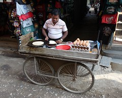 Street cŕèpes (posterboy2007) Tags: kathmandu nepal street food eggs cŕèpes cook cart sony