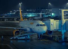 Departure (Paris Airport - France) (william 73) Tags: omd em10 mk2 olympus airbus aéroport nuit france roissy tarmac a320 gezua parking