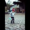 Evy   Splash ! (dominikfoto) Tags: enfant child portrait splash water rain pluie enfance girl fille famille dominik fusinadominik