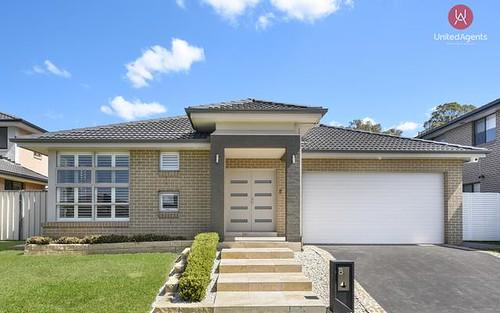 8 McGuiness Avenue, Middleton Grange NSW