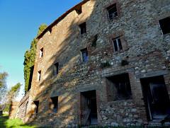 Montingegnoli - 7 (anto_gal) Tags: toscana siena radicondoli belforte montingegnoli 2017 borgo paese fantasma ghosttown