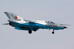6707 / Romanian Air Force / Mikoyan-Gurevich MiG-21MF-75 Lancer C (Charles Cunliffe) Tags: canon7dmkii aviation bucharestaurelvlaicuairport lrbs bbu romanianairforce forţeleaerieneromâne mikoyangurevichmig21 mig21mf75lancerc 6707