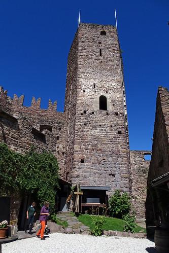 Turm auf Hocheppan