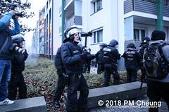 Demonstration: Oury Jalloh – Das war Mord! Touch One – Touch all! – 07.01.2018 – Dessau-Roßlau - IMG_8134 (PM Cheung) Tags: ouryjalloh dessauerverhältnisse antifademonstration rassismus jallohdemo protest gedenkdemonstration sachsenanhalt polizei dessau dessauroslau stadtpark albertoadriano initiativeingedenkenanouryjalloh neonazis polizeigewalt vertuschung rassistischepolizeigewalt andrépoggenburg afdkundgebung afd afdsachsenanhalt 07012018 facebookcompmcheungphotography antifademo umsganze 2018 rechtsruck pmcheung rechtsextremisten gedenken jahrestag ouryjallohdemo2018 yangjieli ouryjallohdaswarmord mengcheungpo antirassismus ouryjalloh–daswarmordtouchone–touchall gedenkkundgebungamtodestagvonouryjalloh mariolehmann annemariekeding folkerbittmann blacklivesmatter nsu