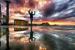 HAYDI BAKALIM (by_COSKUNTUNA ... 3.699.000 THANK YOU) Tags: coskuntuna eralpege 2017 turkey türkiye travel reflection random red rainbow bravo ege eos70d canon70d clouds colouds sunset sea sky sun siluet x explore