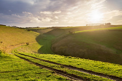 Thixen Dale (matrobinsonphoto) Tags: thixen dale thixendale north yorkshire wolds countryside landscape outdoors nature valley chalk dry sunset sunlight golden hour evening winter green moody sky skies cloudy dramatic rural york east scenic track hills hill hillside
