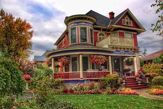 Port Colborne  Ontario  - Canada - 326 Catharines St - Heritage  House