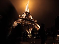 GOPR2257 (Mefysto) Tags: paris session noel christmas tour eiffel torre parigi natale notte nebbia fog night luce light nuit go pro hero 5