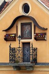Prager Türen & Fenster - 14 (fotomänni) Tags: tür türen door doors fenster window fenetre windows prag praha prague manfredweis