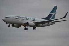 C-FTWJ (LAXSPOTTER97) Tags: cftwj westjet boeing 737 737700 cn 30713 ln 2220 airport aviation airplane cyxx