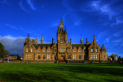 MORGAN ACADEMY, DUNDEE, SCOTLAND,UNITED KINGDOM. (ZACERIN) Tags: morgan academy dundee scotland morganacademy visit history of the margan visitscotland historyofthemarganacademy john dick peddie charles kinnear architecture hospital school morganschool architecturalsignificance category a listed building categoryalistedbuilding zacerin christopher paul photography christopherpaulphotography buildings old oldbuildings schools oldschools