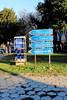 Panneau routier BG (zuhmha) Tags: bulgaria bulgarie hiver winter kazanlak urban urbain letter lettre mot word sign texte text écriture line lignes courbes curve geometry géométrie panneau pelouse