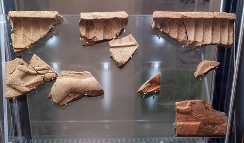 Archaic terracotta revetment plaque from Caprifico: chariot race