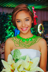 She has the sweetest smile. (Manay Olosan) Tags: love you wedding weddingphotography bride flowers woman lady backlight
