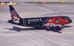 C-FDSNRaptors (MAB757200) Tags: aircanada a320211 cfdsn aircraft airplane airlines airbus jetliner yyz cyyz toronto torontopearsoninternationalairport torontoraptorsbasketball