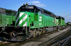 BN SD40-2 7144 (Chuck Zeiler) Tags: bn sd402 7144 railroad emd locomotive clyde chuckzeiler chz
