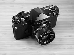 Yashica J-3 in Pro-Black (www.yashicasailorboy.com) Tags: yashica j3 problack 1960s slr 35mm studio japan fujifilm finepix acros bw