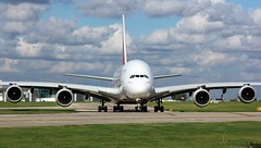 A6-EDJ (AnDyMHoLdEn) Tags: emirates a380 egcc airport manchester manchesterairport 23l