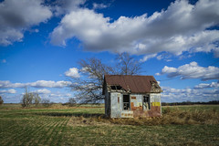 Helena, Oklahoma: Ramshackle House No.2 (rocinante11) Tags: oklahoma rural house broken clouds