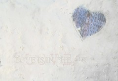 One Year In Colours - 52 Weeks Project 2018- White-Love (Chocolatine photos) Tags: love texture coeur makemesmile minimaliste flickr nikon photo photographesamateursdumonde pastel blanc saturday heartshaped smileonsaturday