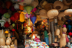 Colors (AR's Photography) Tags: woman shop colors souvenir oldquarter hoankiem hanoi vietnam tradition culture streetlife shopkeeper lights lamp abstract nikond5200 ngc