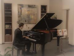 Piano man (Toledo 22) Tags: klassik musik flügel klavier pianist piano