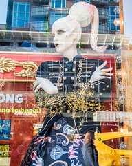"2017 Bloomingdales ""The Greatest Gifts"" Holiday Window Display, New York City (jag9889) Tags: 2017 2017holidaywindowdisplay 20171201 3rdavenue 59thstreet bloomies bloomies59 bloomingdales christmas departmentstore display face flagship gift holiday lexingtonavenue manhattan mannequin ny nyc newyork newyorkcity outdoor reflection store storewindow thirdavenue ues usa unitedstates unitedstatesofamerica uppereastside window hair jag9889"