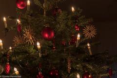 Ein Weihnachtsbaum (Günter Hentschel) Tags: weihnachten weihnachtsdeko weihnachtsbaum weinfest tannenbaum christmas christmastree bunt farben deutschland germany germania alemania allemagne europa nikon nikond5500 d5500 hentschel flickr