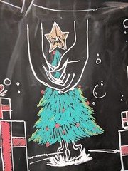 Christmas Hands (earthdog) Tags: 2017 googlepixel pixel androidapp moblog cameraphone starbucks blackboard chalk chalkboard art publicart tree hand christmas christmastree decoration 510fav