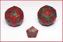 Taj Mahal (Valentina Minayeva) (De Rode Olifant) Tags: tajmahal kusudama origami valentinaminayeva paper paperfolding modular 3d marjansmeijsters pentagon polyhedron