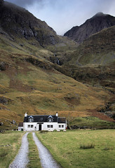 Achnambeithach (Russell-Davies) Tags: achnambeithach achnambeithachcottage glencoe highlands uk scotland canon bideannambian