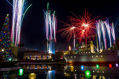 Jingle Bell, JingleBam: Fireworks in Disney's Hollywood Studios - November, 2017 [explored] (rowanb73) Tags: kissimmee florida unitedstates disney disneyworld disneyshollywoodstudios fireworks fireworksfriday echolake water night jinglebelljinglebam christmas christmastree