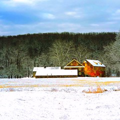 Chadds Ford homestead (Michael Beresin) Tags: michaelberesin shotoniphone iphoneography iphone snow winter home farm chaddsford chestercounty