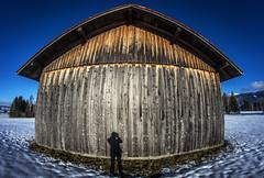 Shed 1a (Bilderschreiber) Tags: scheune me ich shadow schatten bavaria bayern weitwinkel fischauge fisheye wideangle gernamy deutschland shed