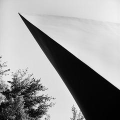 Da Monsta (colinpoe) Tags: abstract blackandwhite damonsta rolleiflexautomat rolleiflex glasshouse tlr 6x6 rolleiflexautomatk4a architecture mediumformat bw ultrafine100 philipjohnson 120