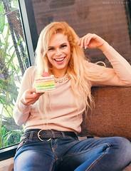 (Durbani) Tags: mariadurbani durbani smile beautiful barbie girl cake rainbow