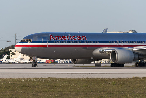 American Airlines Boeing 767-300 MIA