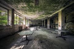Po obědě... (Michal Seidl) Tags: abandoned hospital holiday camp abbandonato colonia red cross opuštěná léčebna nemocnice italy urbex infiltration canon