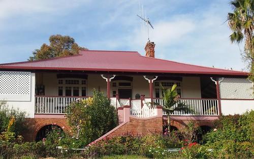 27 Currajong Street, Parkes NSW 2870