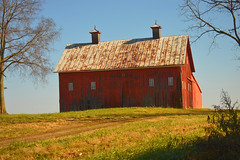 barn (brown_theo) Tags: barn ohio route33 rural red fairfield county