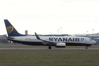 Boeing 737-800 EI-FRY