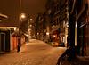 Stil op de Singel (lhb-777) Tags: sneuw snow avond nacht night wit white blitz veel stil quiet bloemenmarkt flowermarket