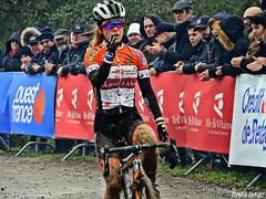 DSCN2168 (Ronan Caroff) Tags: cycling cyclism ciclismo cycliste cyclists velo bike course race cx cyclocross sport sports vern vernsurseiche bretagne breizh brittany 35 illeetvilaine championnat championship coupe cup contest competition championnatdebretagne mud boue